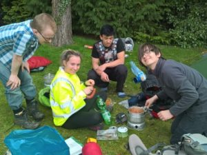 5-camp-set-up-and-tea-on-the-go