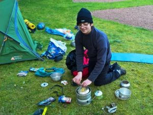 6-breaking-camp-making-lunch